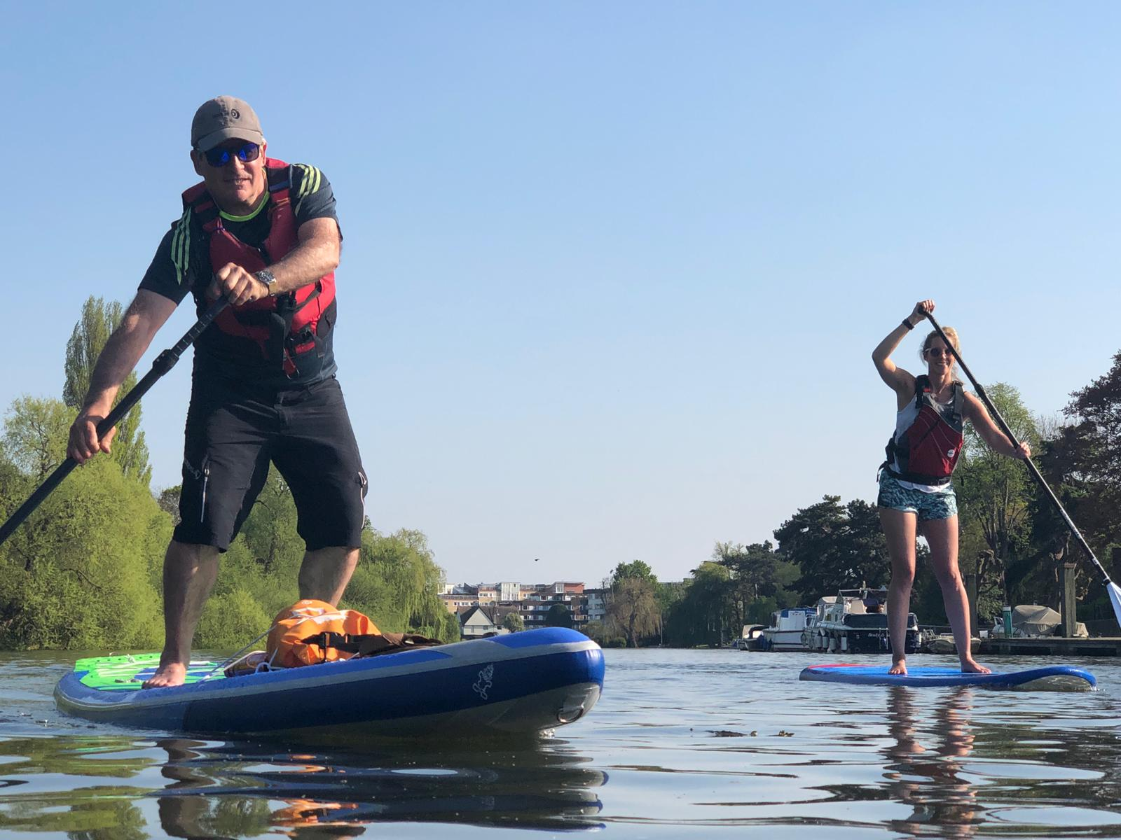 Paddleboard on the Thames: Richmond SUP Experience