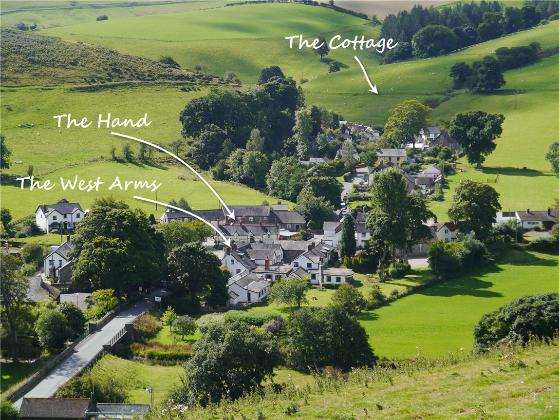Berwyn Range hiking cottage: North Wales hikers accommodation