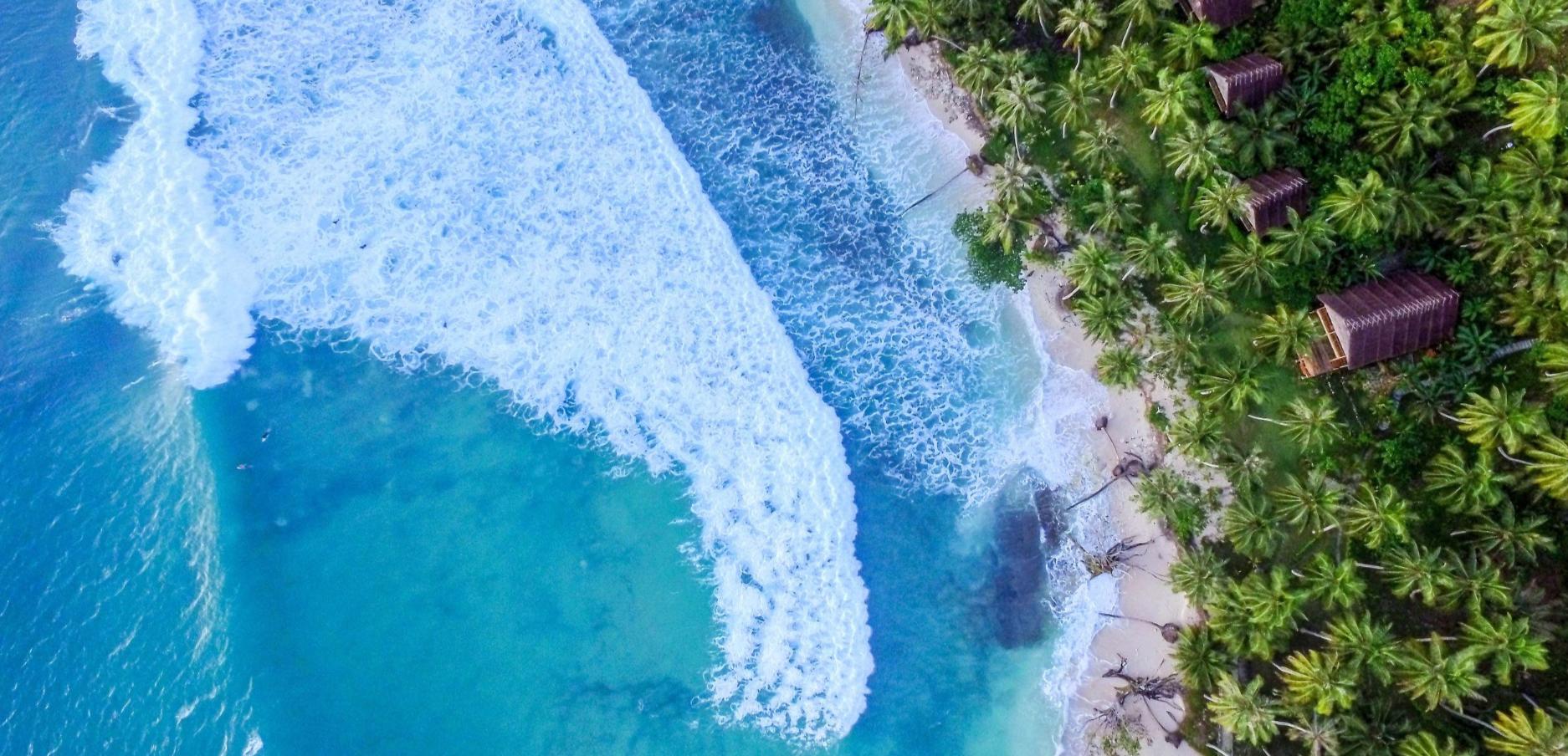 Mentawai surf retreat: Nyang Nyang surfing accommodation