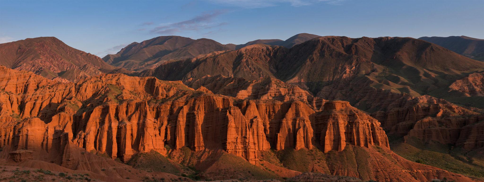 Kyrgyzstan trekking holiday: Konorchek Red Bridge Canyons trek