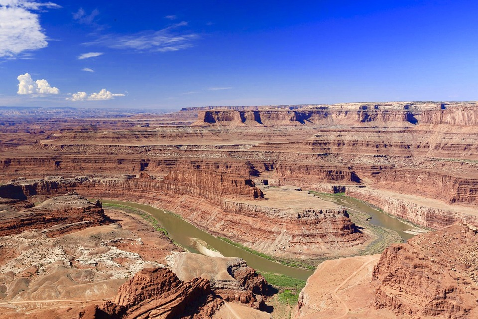 11 best Utah 4x4 adventures at Dead Horse Point pixabay royalty free image