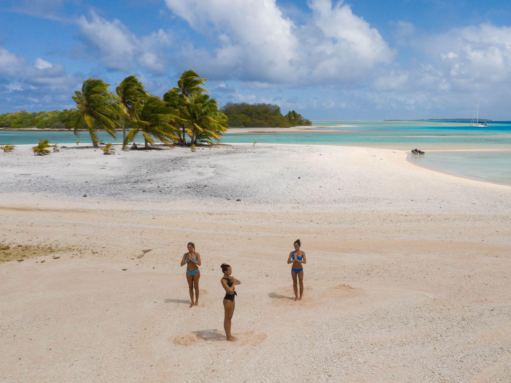 Tahiti yoga retreat cruise on a sailing holiday in French Polynesia