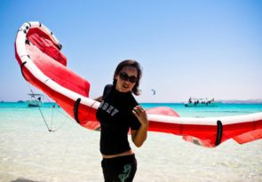 Beginner kitesurf course in Egypt El Gouna kitesurfing lessons with Sick Dog Surf