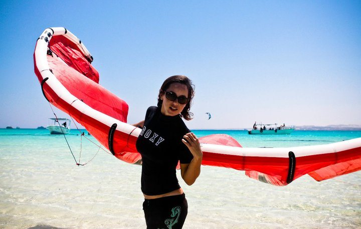 Beginner kitesurf course in Egypt: El Gouna kitesurfing lessons