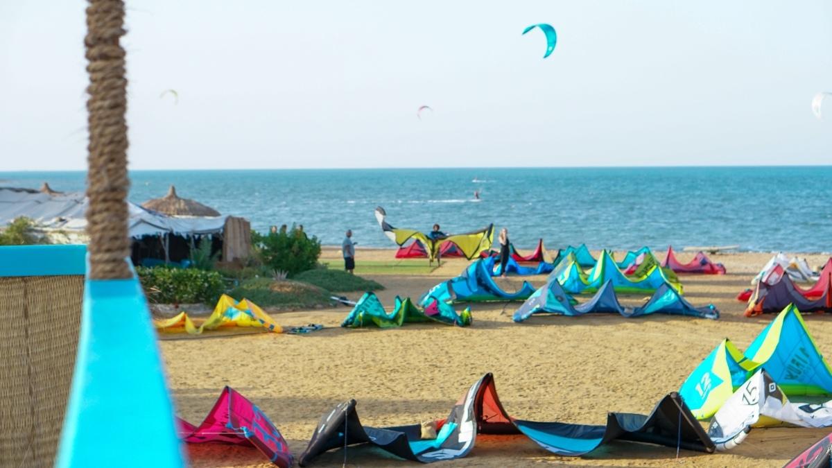 Beginner kitesurfing course in Safaga: Egypt kitesurf lessons