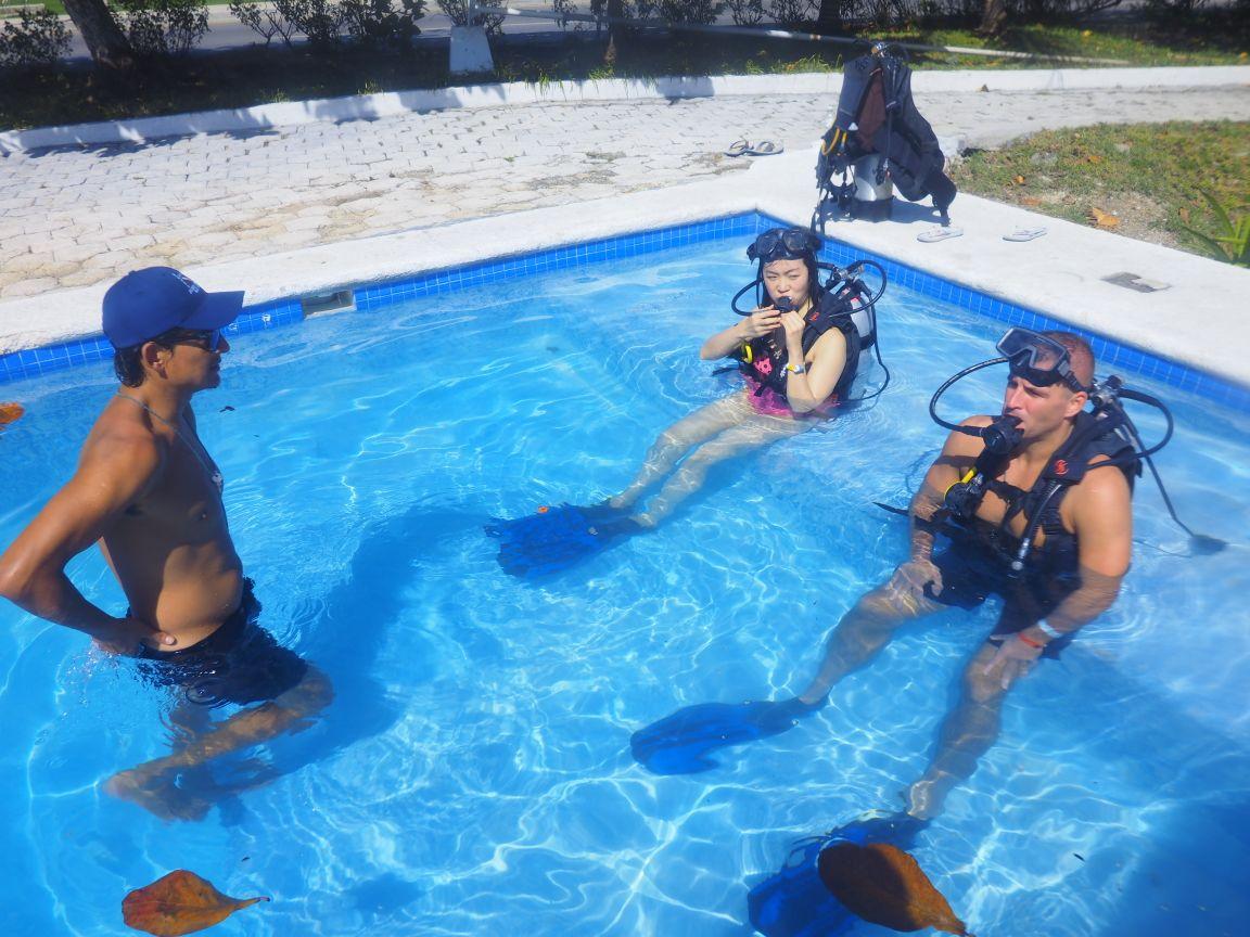 Scuba Diving in Mexico: Learn to Scuba Dive in Cancun