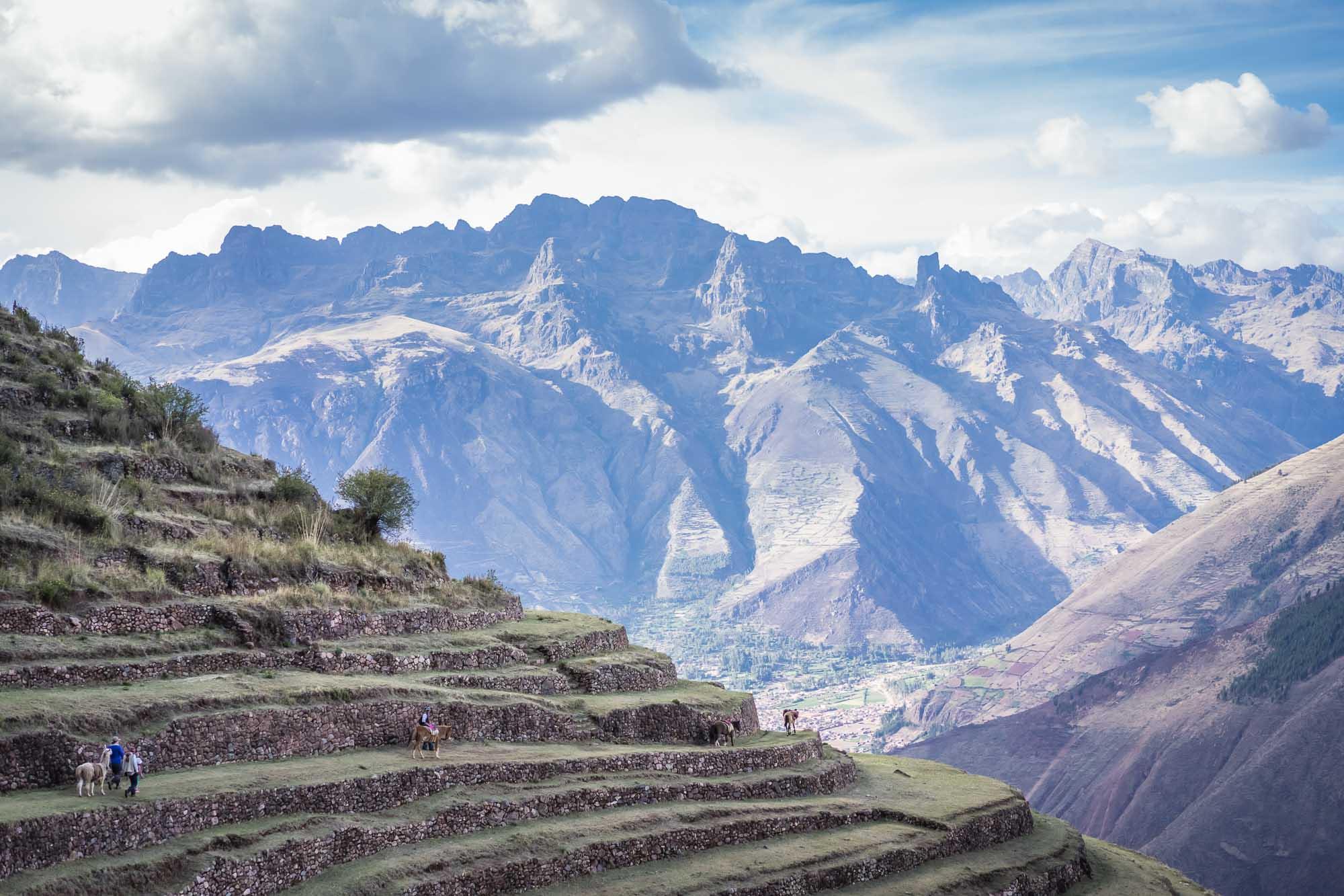 Peak Andes hiking tour: Cusco adventure holiday in Peru