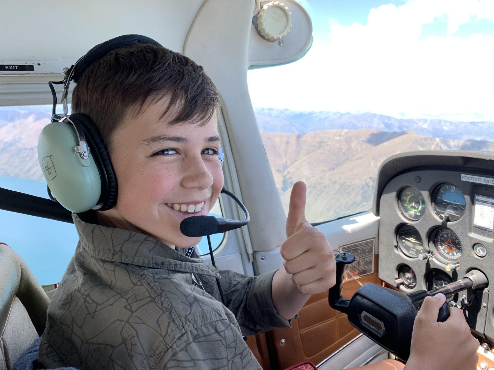 New Zealand Aircraft Flying Experience: Scenic Trial Flight of Wanaka