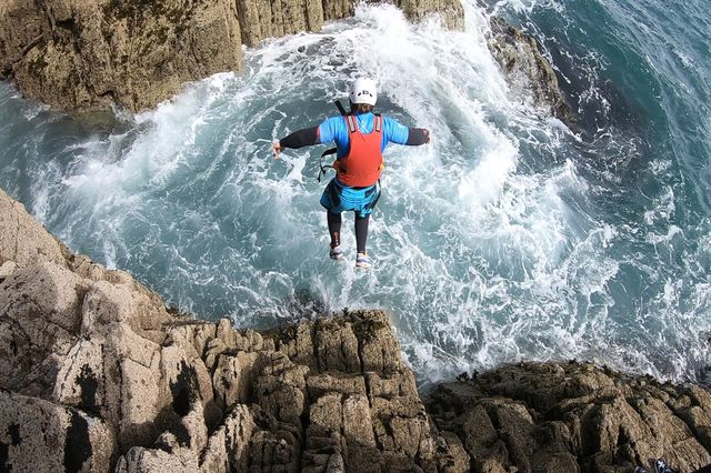 Welsh coasteering day trip in Anglesey: North Wales adventure