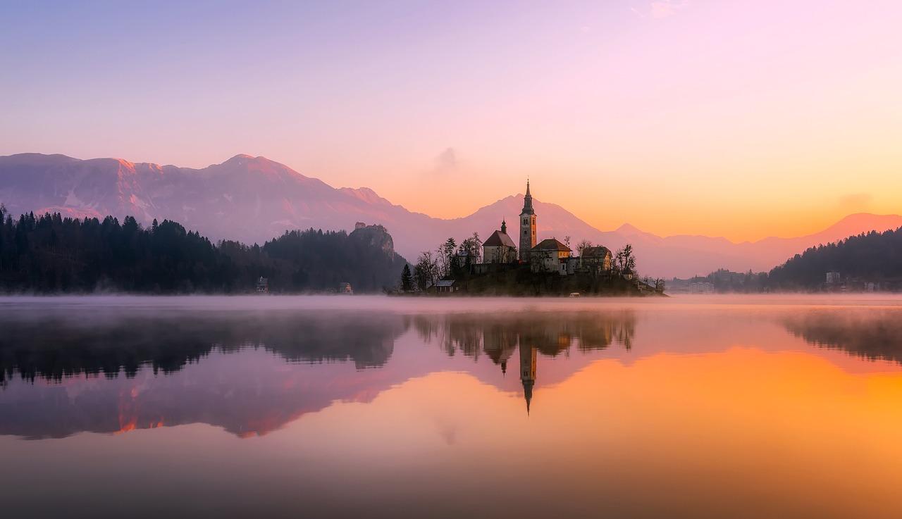3 lakes walk (Jasna, Bled and Bohinj): Slovenia Walking holiday