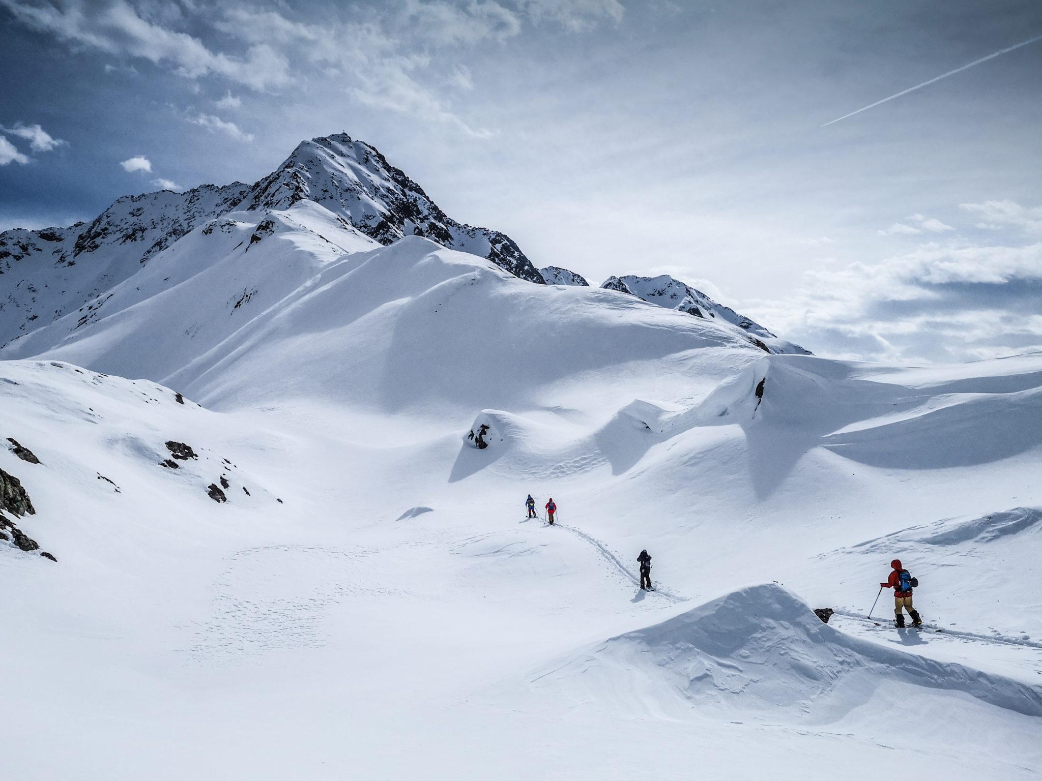 Vorarlberg beginner splitboard camp: Austria splitboarding trip