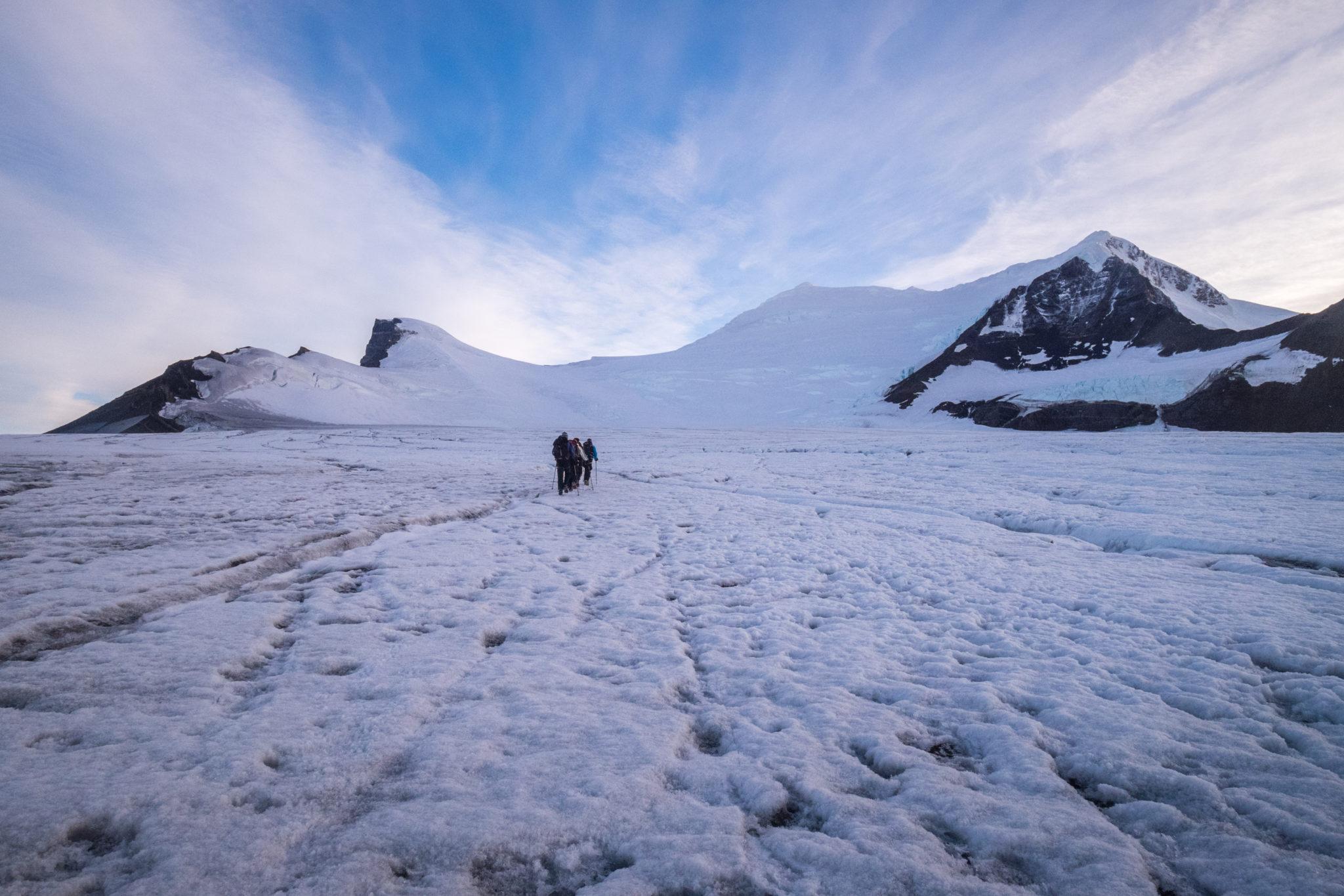 Climb Gorra Blanca Peak: Beginner mountaineering in Patagonia