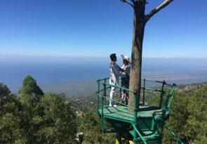 romantic Bali volcano trip