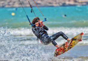 Ocean Vibes kitesurf lessons Sidi Kaouki kitesurfing course near Essaouira in Morocco