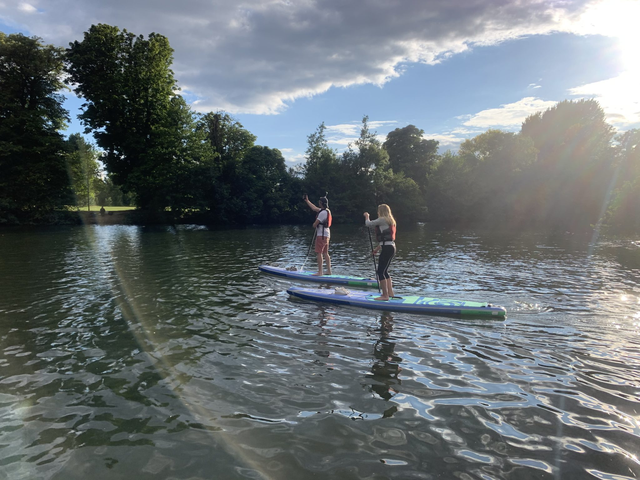 Private London paddleboard experience on the Thames: Richmond SUP