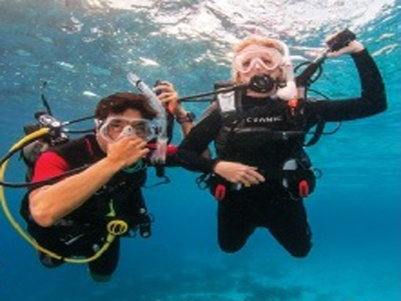 A Discover Scuba Diving Session in Costa Blanca, Spain