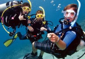 Scuba diving on the Costa Blanca