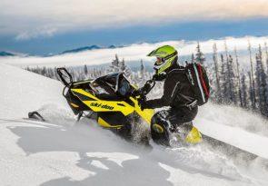 Arctic Snowmobile & Huskies in Lapland