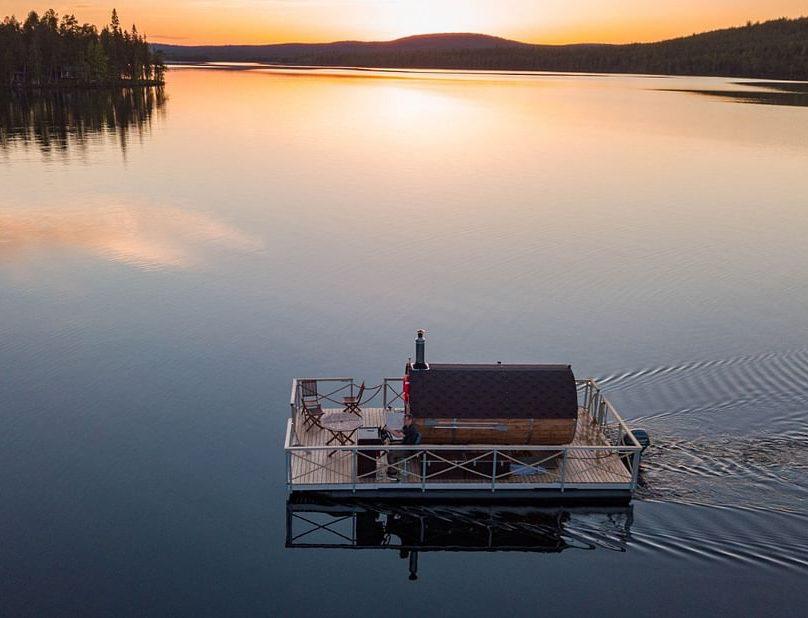Sauna boat Scenic Arctic River Cruise in Lapland
