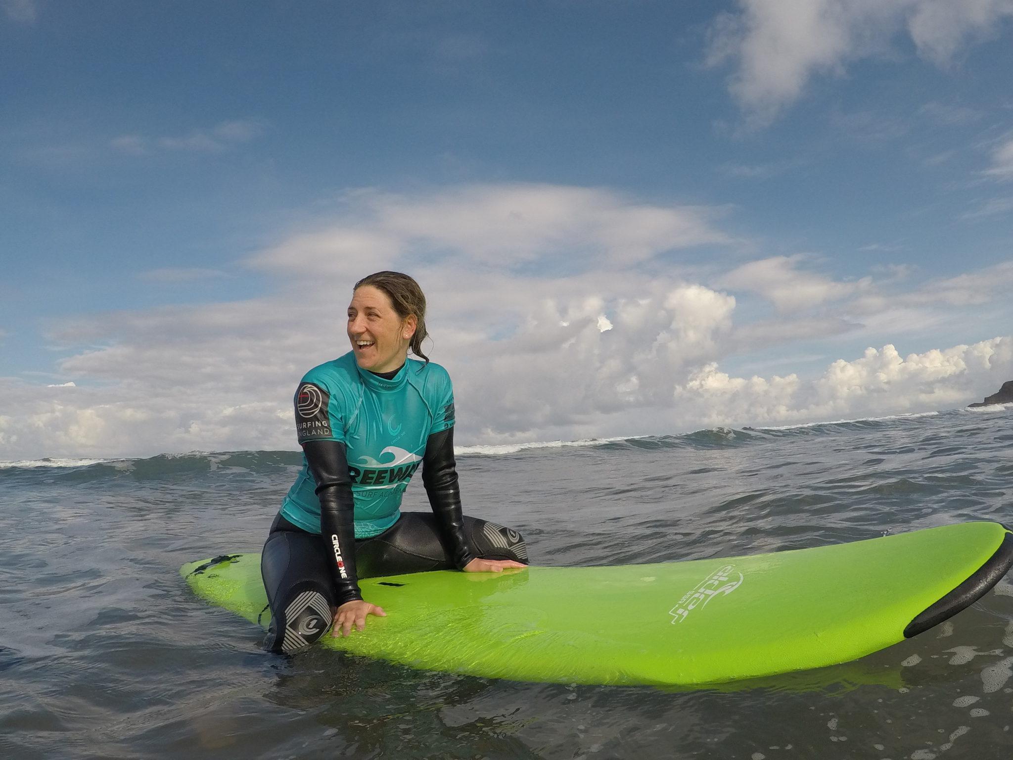 Cornwall beginner surfing experience at Widemouth Bay Beach
