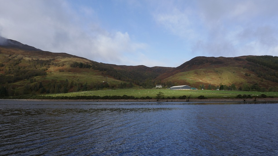 Great Glen Way at Laggan Loch in Scotland Pixabay royalty free image