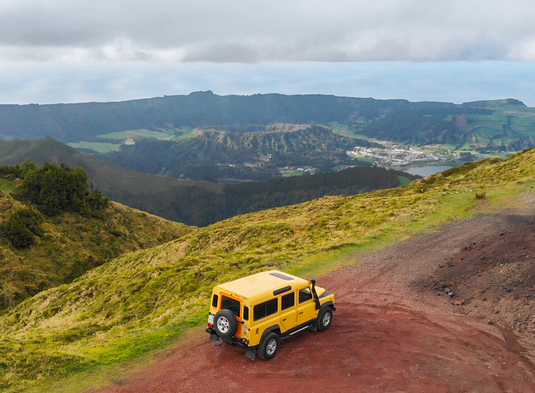 Azores Lakes & Jeep Adventure on São Miguel Island