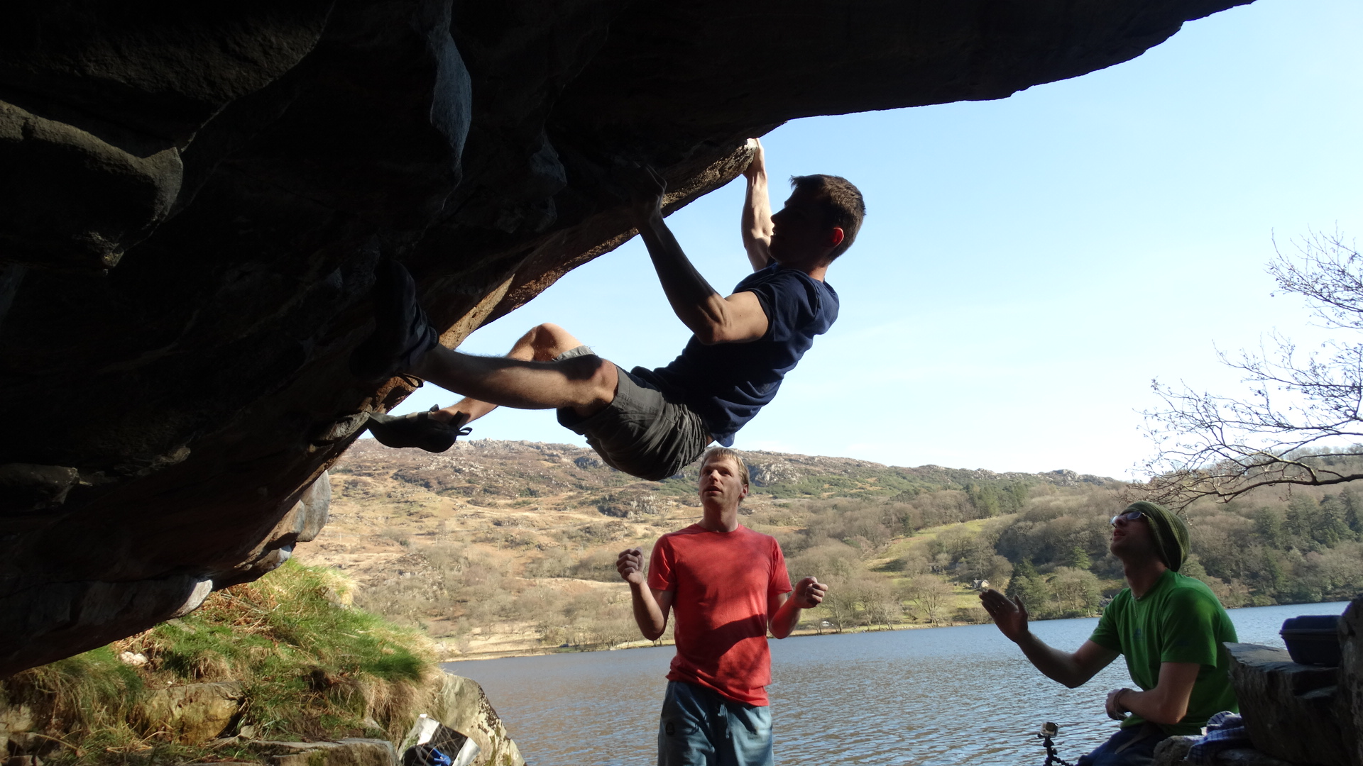 Outdoor guided bouldering in Snowdonia: Small group full day