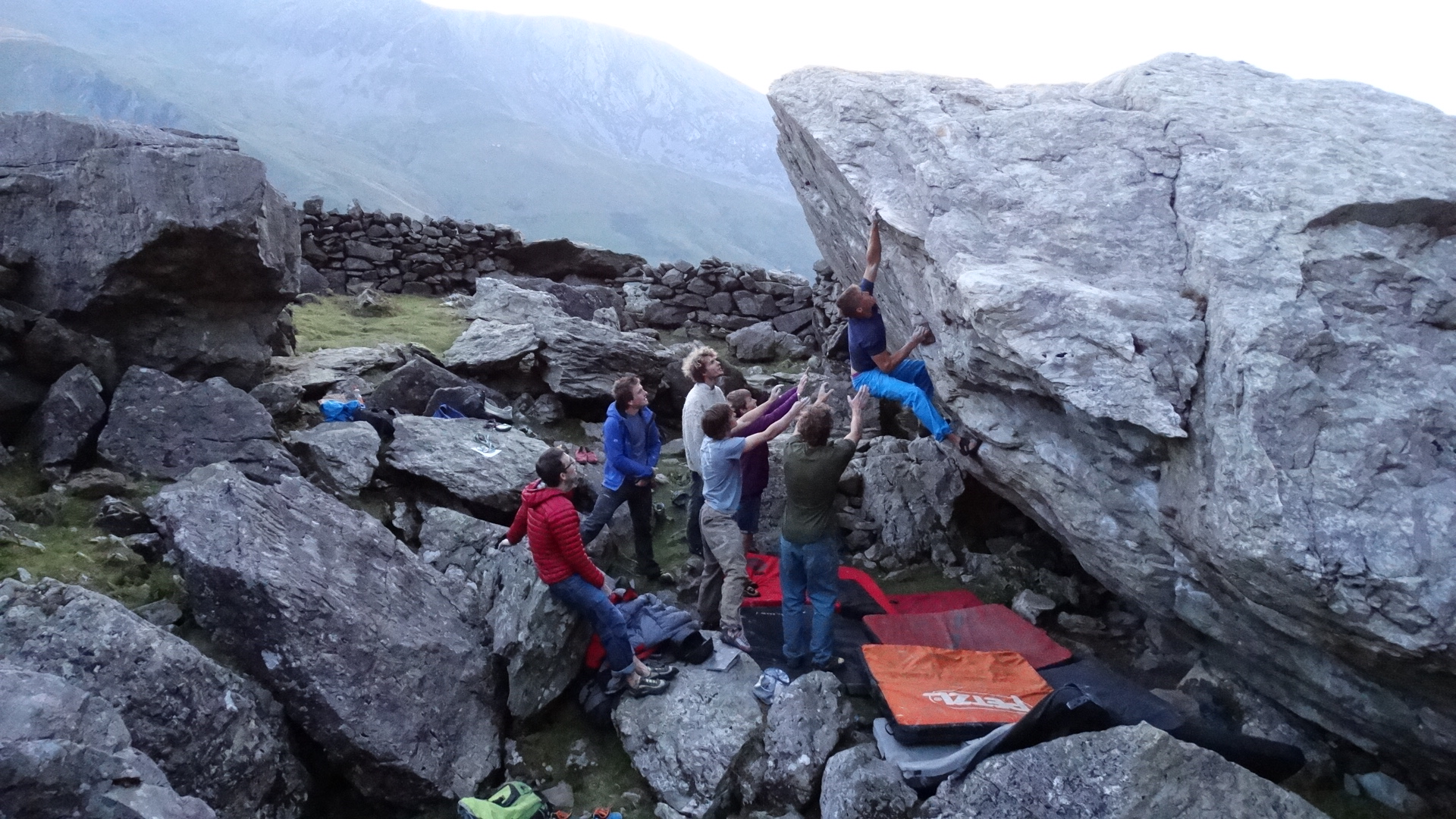 Half day 1:1 guided Snowdonia bouldering experience in Wales