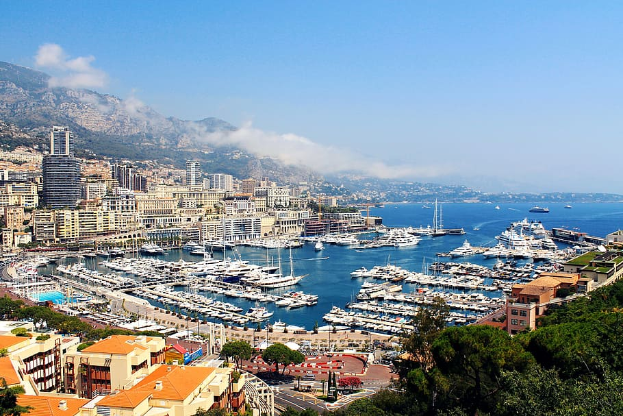 Monaco one of the top 3 Destinations for Luxury Learn to Sail Holidays in Europe piqsels royalty free image