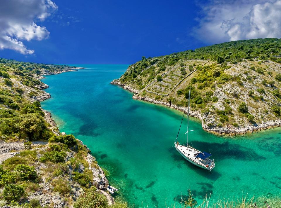 Sailing yacht charter in Lastovo, Croatia Pixabay royalty free image
