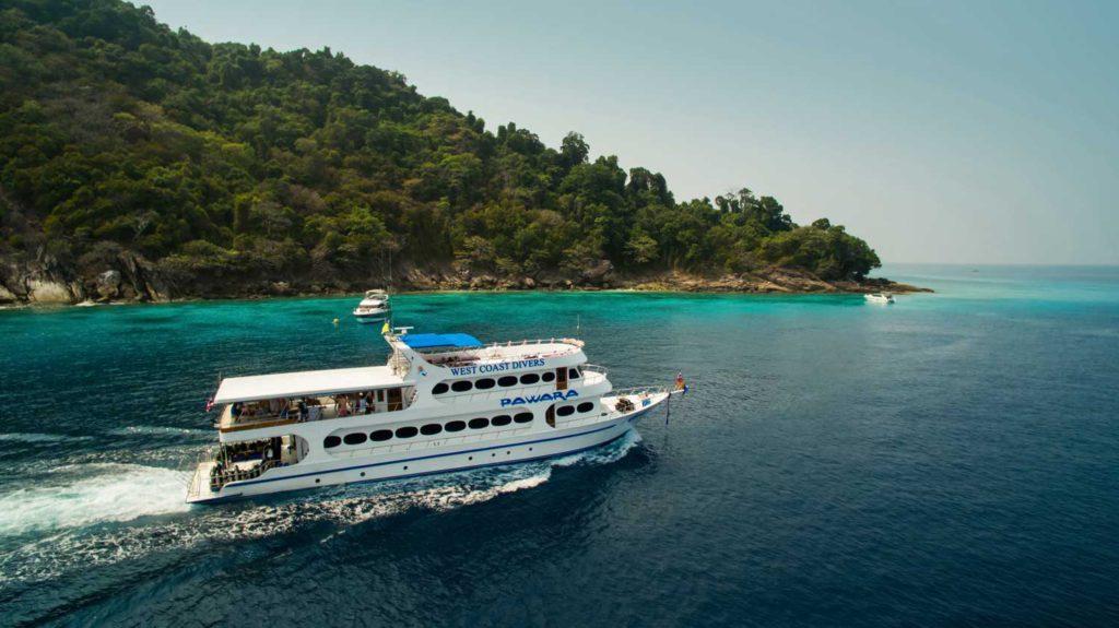Similan Liveaboard dive holiday: Andaman scuba diving in Thailand