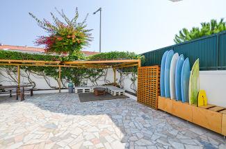 Sandycamps Surfhouse on Baleal Island