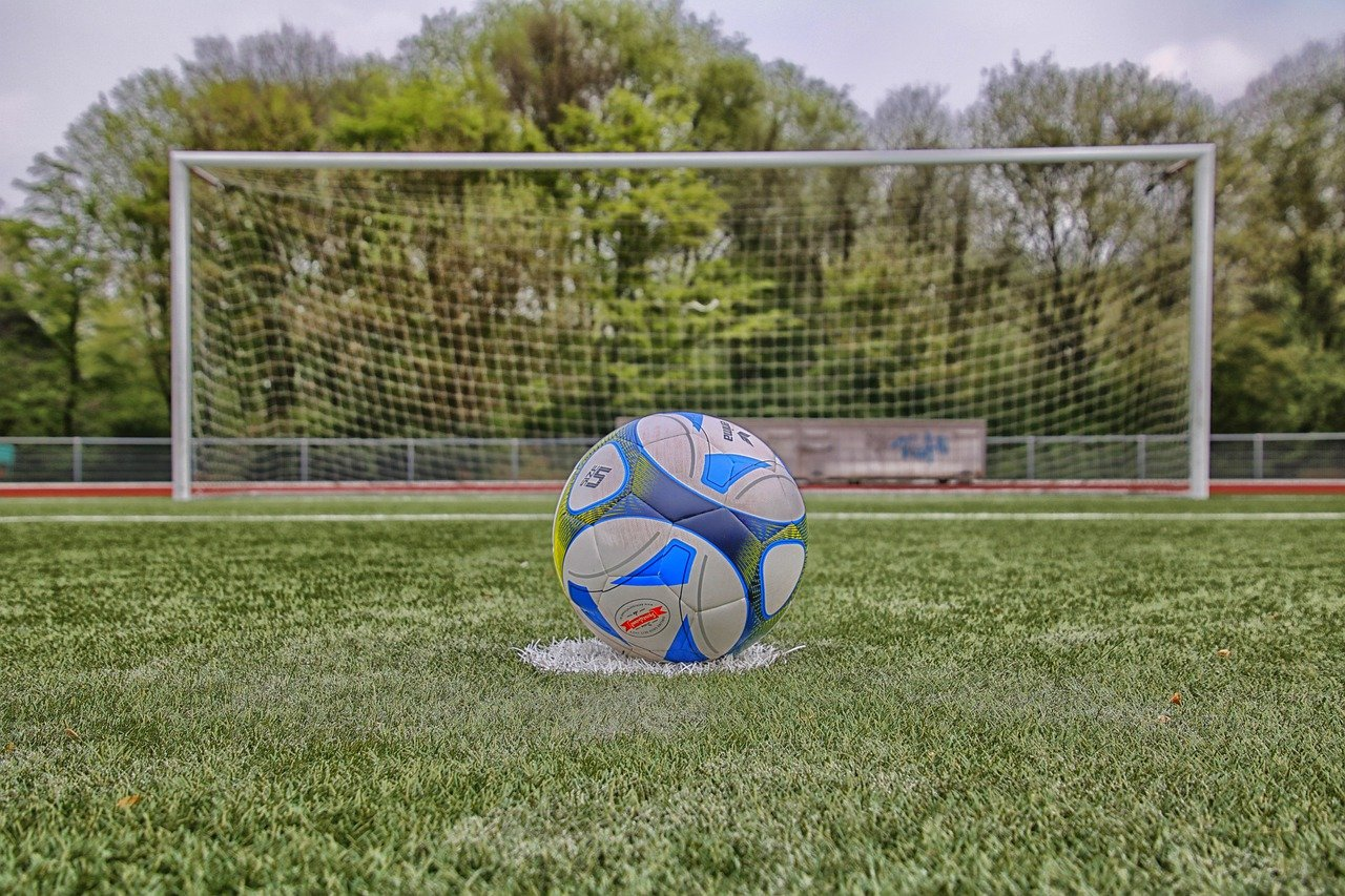 How NLP improves sports performance - football penalty - royalty free from PixaBay