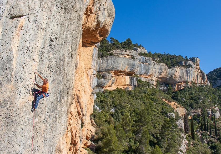 Spain rock climbing holiday in Margalef: Beginner-advanced