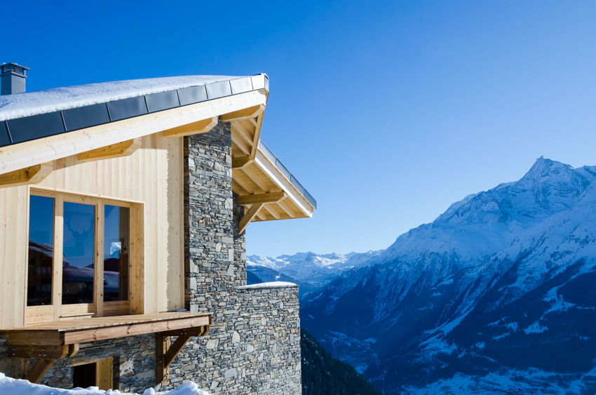 Chalet Valeriane: Catered ski accommodation in La Rosiere