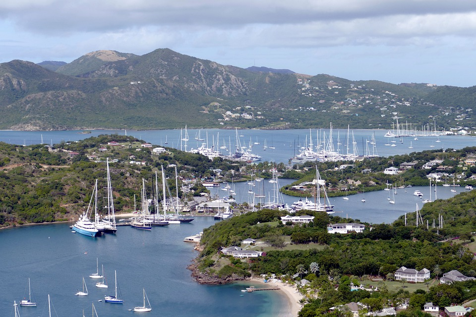 Guide to Caribbean sailboat rental 5 West Indies yacht charter tips pixabay royalty free image from antigua