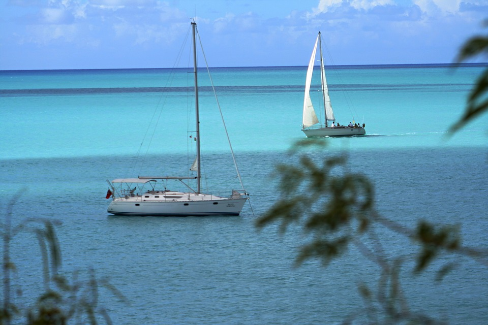 Guide to Caribbean sailboat rental pixabay royalty free image from antigua