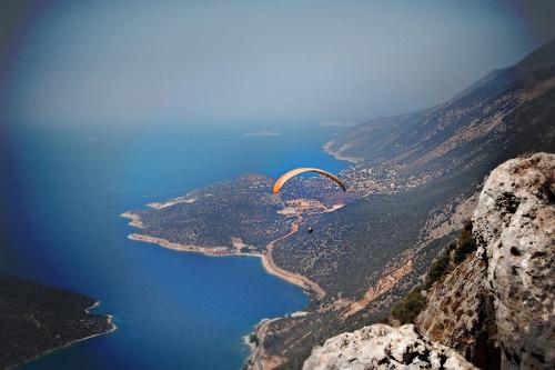 Paragliding, Paraglideguide, Paragliding Holidays, Paragliding in Istanbul, Paragliding in Turkey, Turkey, Istanbul, Istambul Cheap Hotel, Cheap Hotel, Hostel Bookers, Hostelbookers, Hostelbookers.com